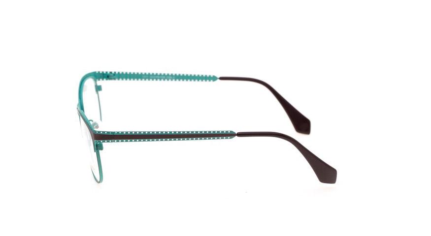 briller005010-side